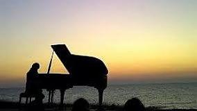 Musica sul mare, concerti e mostre   gli appuntamenti di venerdì 3 luglio