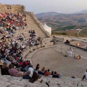 Dal teatro al tempio, festival a Segesta con Gravina, Venturiello e Verdastro