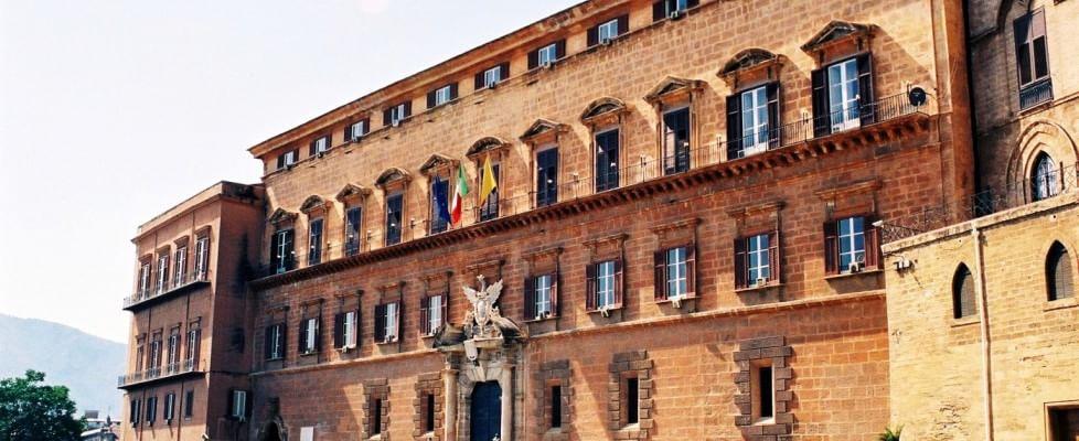 Spese pazze all'Ars, la procura chiede il rinvio a giudizio per 13 ex capigruppo