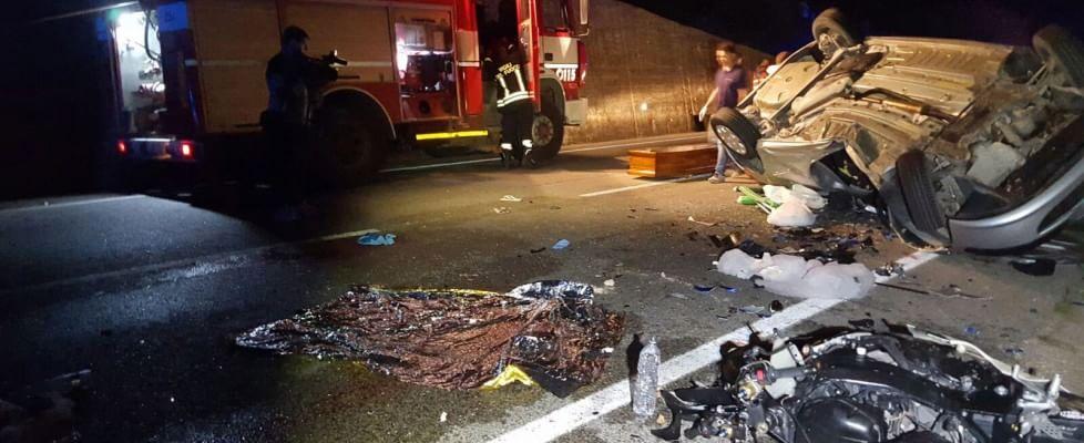 Incidente nella notte a Palermo, un morto$
