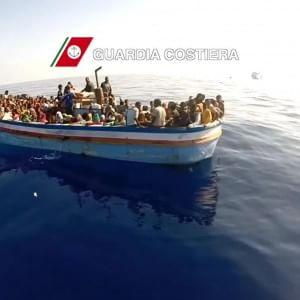 Bimba siriana diabetica muore sul barcone: i trafficanti le avevano gettato via lo zainetto con l'insulina