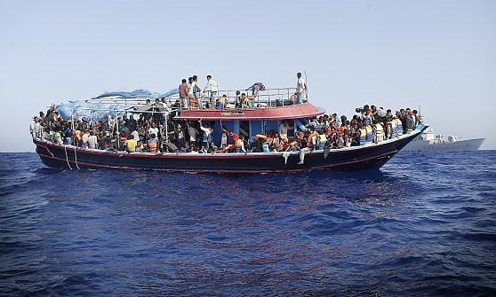 A Catania le salme dei 49 migranti morti asfissiati