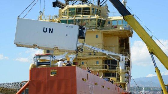 Migranti morti nella stiva, approdata a Catania la nave con vittime e superstiti