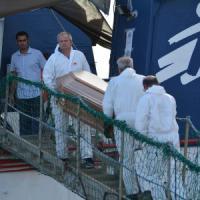 Due naufragi al largo della Libia, individuati 200 corpi. Salvati cento migranti