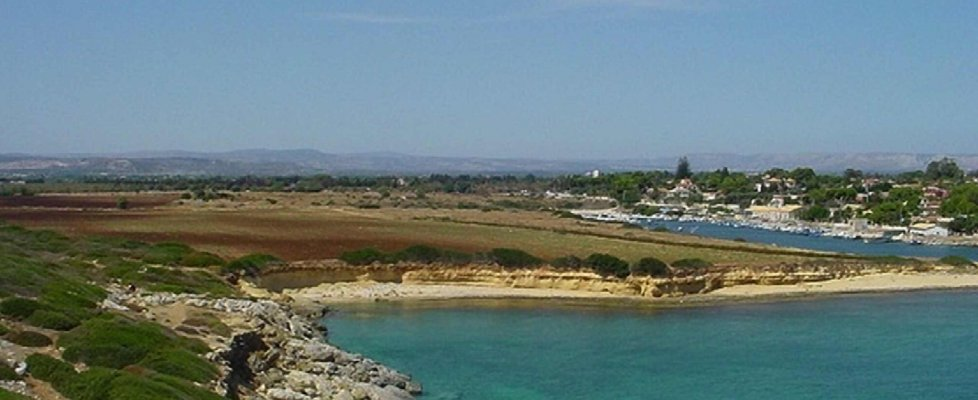Siracusa, il Comune apre al maxi resort da 150 ettari sulla costa