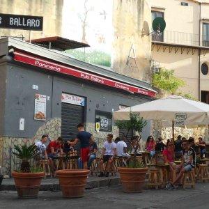 Fiamme al pub di Ballarò da inaugurare e sequestrato al boss Nicchi