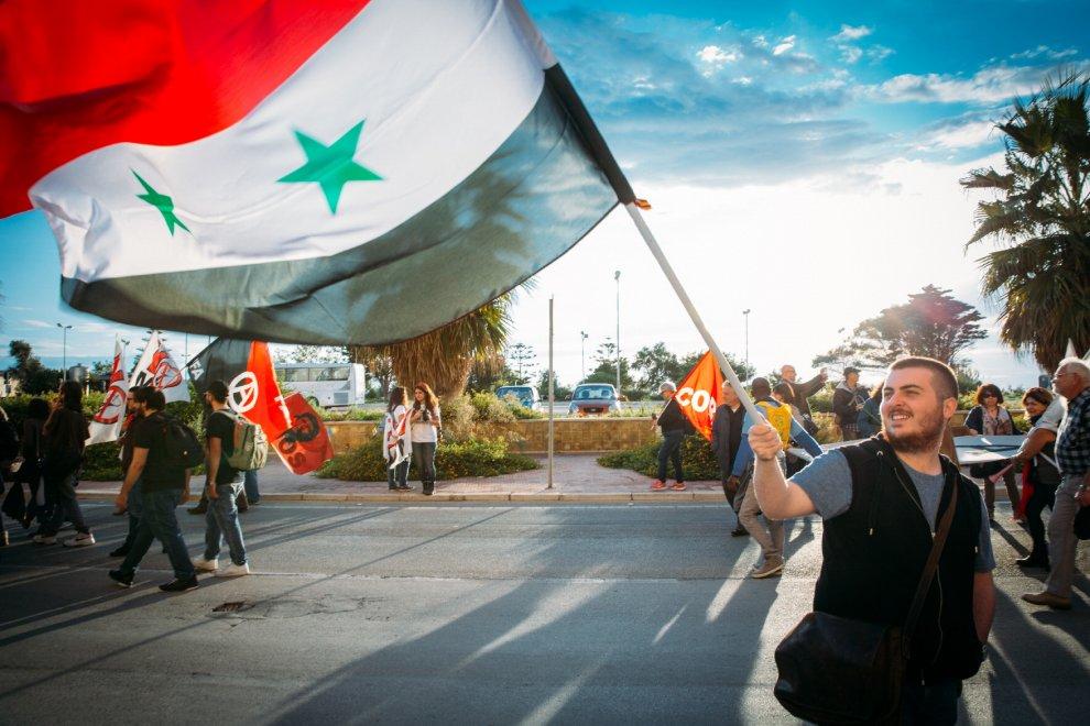 In mille a Marsala contro la maxiesercitazione Nato di Birgi