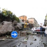 Catania, domani scuole chiuse, Divieto di circolazione per gli scooter