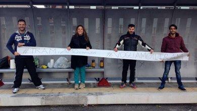 #vogliamoiltram, l'hashtag in strada  foto  i ragazzi di Brancaccio puliscono le fermate               I vostri commenti Diretta