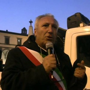 Intimidazioni alla giunta di Niscemi: consiglio comunale aperto allà città