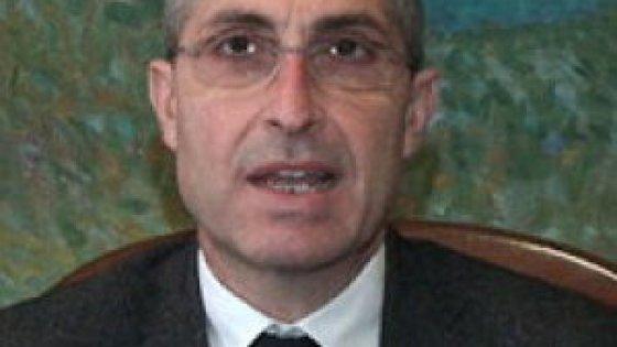 Viaggi privati a spese del comune indagato il sindaco for Priolo arredamenti torino