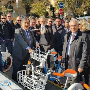 Via al bike sharing a Palermo, 420 bici e 37 stazioni