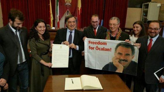 "Cittadinanza onoraria a Öcalan, il sindaco Orlando: ""Siamo orgogliosi"""