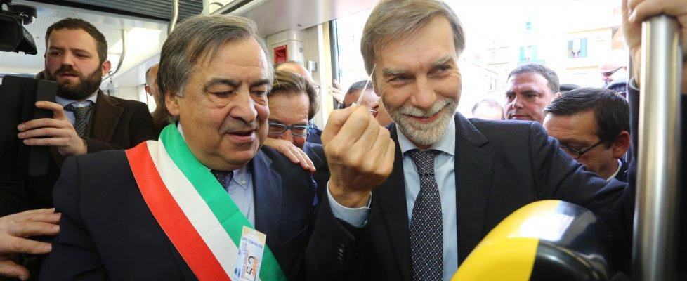 """Palermo, parte la prima corsa del tram. Orlando e Delrio: """"Motivo di orgoglio"""""""