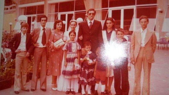 Mafia, nella casa della sorella di Messina Denaro le foto del superboss latitante