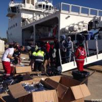 Migranti, oltre mille persone sbarcate fra Augusta e Pozzallo
