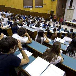 Test di Medicina a Palermo, vincono gli studenti: ammessi senza più riserve