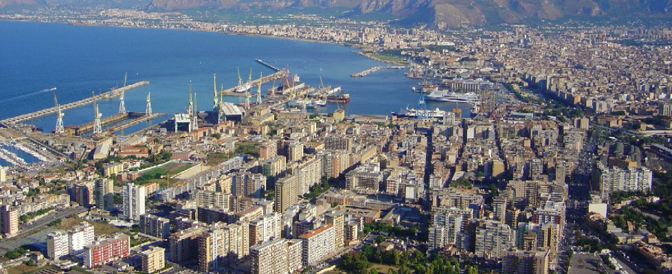 Palermo si svuota: in calo residenti e immigrati