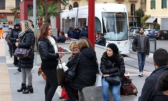 Tram, tutti pagano il biglietto. In un mese 250.000 passeggeri