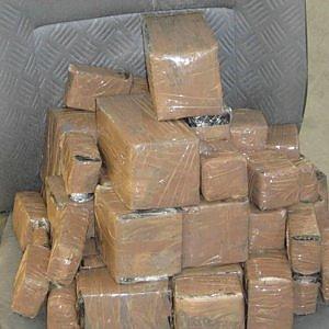 Cocaina a domicilio, blitz antidroga nel Palermitano