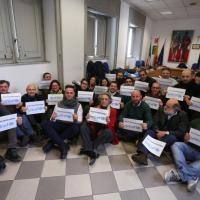 #Tuttigiùperterra, flashmob per i migranti