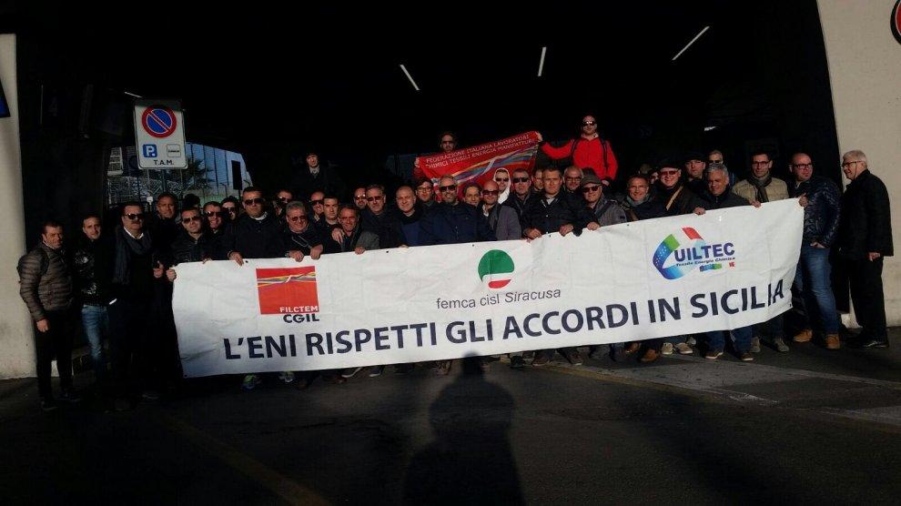 Siracusa, sciopero di otto ore al petrolchimico Versalis