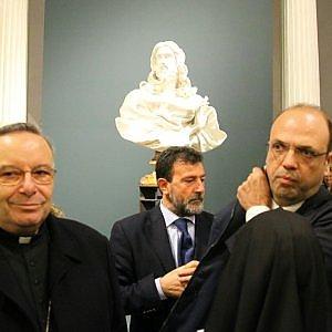 """Ad Agrigento l'ultima scultura di Bernini, Alfano: """"Porterò anche Caravaggio"""". Ma è polemica (foto)"""