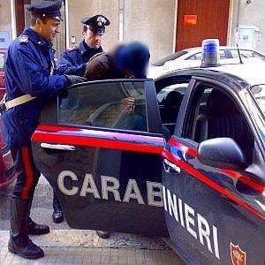 Mafia, 14 arresti a Paternò: in manette anche boss dell'inchino alla festa di Santa Barbara