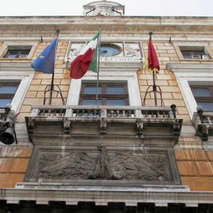 Palermo la giunta vara la nuova tari riduzioni dal 4 al for Pulizie domestiche palermo