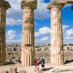 Custodi senza straordinario, siti e musei siciliani chiusi nei festivi