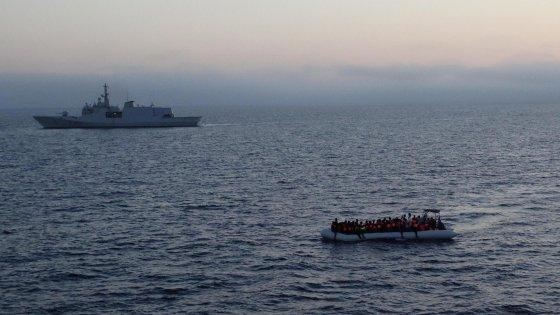 Soccorsi 2800 migranti nel Canale di Sicilia: sbarchi a Trapani, Messina e Augusta