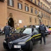 Spese pazze all'Ars, 35 parlamentari accusati di peculato