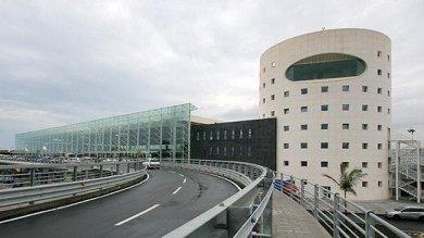 Catania: all'aeroporto prolungate le misure antiterrorismo