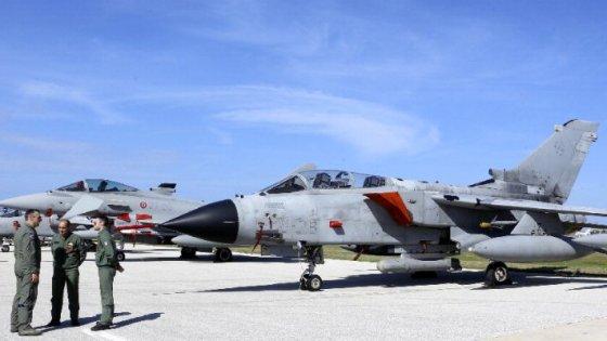 """Libia, i 5Stelle: """"La base di Pantelleria al centro di azioni di guerra Usa"""""""
