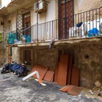 Siracusa, i cittadini si oppongono al Cara di Melilli: il sindaco ritira la delibera