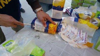 Palermo: sigarette nei pacchi di farina, denunciato contrabbandiere