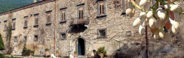 Fari, castelli e monasteri: i tesori siciliani sul mercato estero
