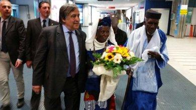 Gambiano ferito: in città i genitori di Yusupha Susso