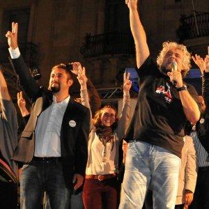 """Grillo-shock: """"Casaleggio? Morto a causa dei giornalisti"""""""