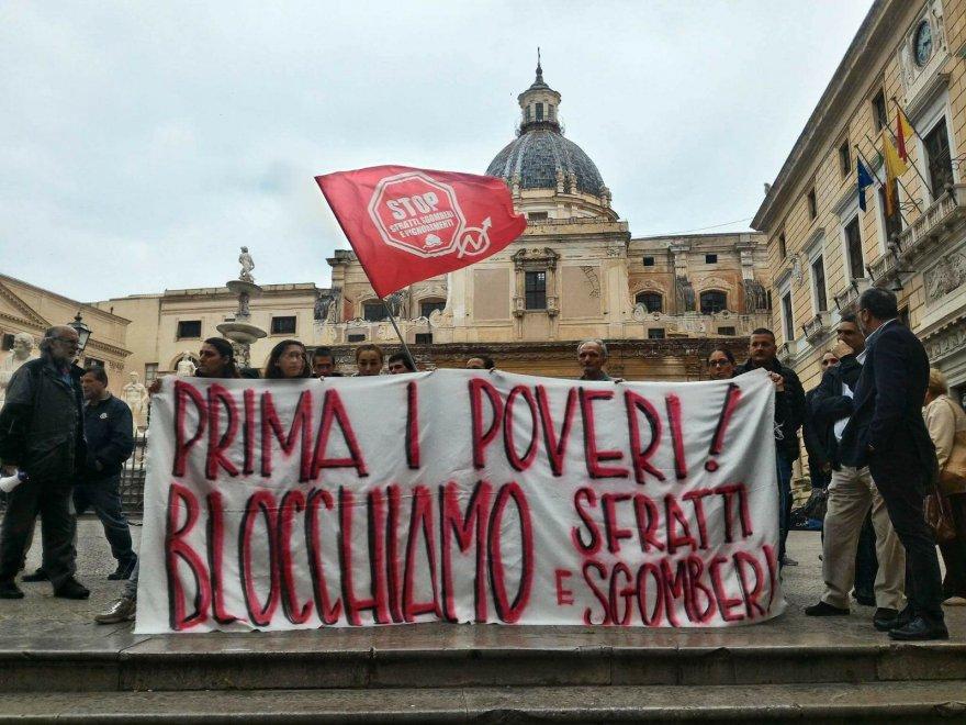 Sgomberata palazzina a Palermo, sit-in dei senza casa al Comune