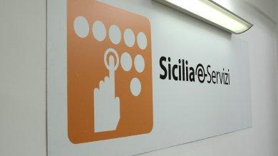 Guerra tra Sicilia e-Servizi e Regione, cinquemila medici senza certificazione dei redditi