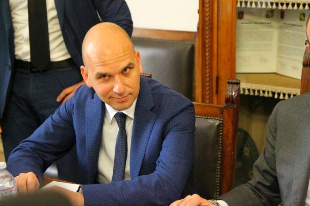 Licata: il ministro Alfano incontra il sindaco Cambiano dopo l'attentato