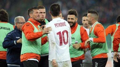 Bari-Trapani 1-2, due gol di Petkovic al San Nicola portano i granata al terzo posto