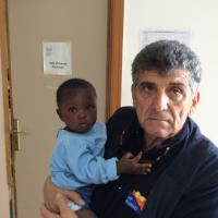 Perde la madre durante la traversata, a nove mesi sbarca sola a Lampedusa