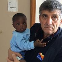 Favour, bimba salvata a Lampedusa. Bartolo, il medico: