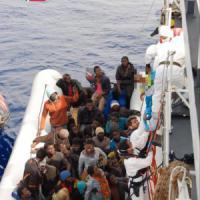 Migranti, un altro naufragio giovedì: