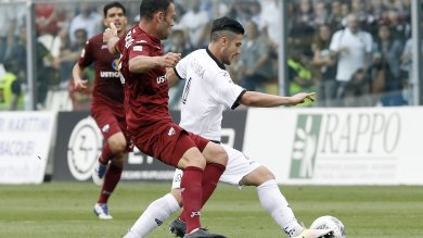 Il Trapani soffre ma vince a La Spezia, si avvicina la finale per la serie A
