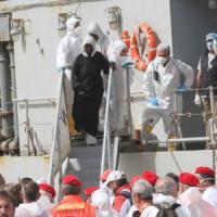 Due scafisti arrestati a Palermo e Reggio Calabria: coinvolti nel naufragio con 45 morti