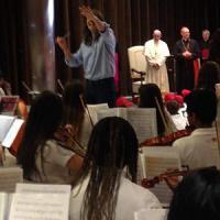 L'orchestra multietnica Quattrocanti suona per il Papa