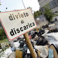 Emergenza rifiuti, sì alla proroga di sei mesi per lo smaltimento in discarica